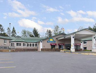 Days Inn - Marquette
